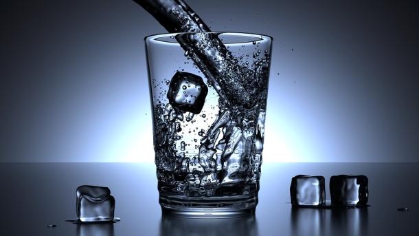 Így ihatsz több vizet