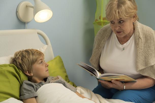 A mesedoktorok is gyógyítják a gyerekeket.