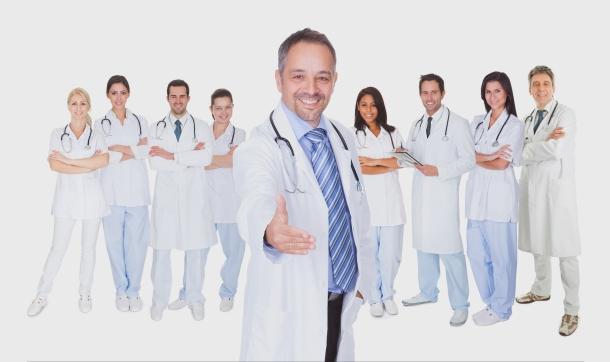 Erdélyben segítenek az önkéntes orvosok.