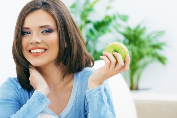 Az alma csökkenti a korai halálozást.
