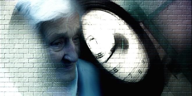 Viselkedési zavarok is jelezhetik az Alzheimer-kórt.